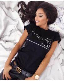 Дамска тениска в черен цвят с надпис - код 3587