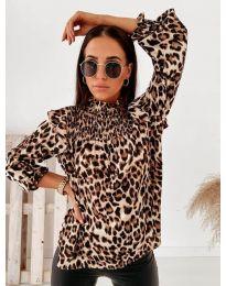 Дамска блуза с атрактивен десен и къдрички - код 496 - 2