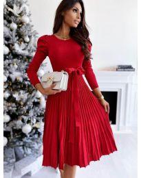 Кокетна рокля в червено - код 3939