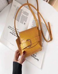 Елегантна дамска чанта в горчица - код B500