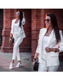 Дамски елегантен комплект от сако и панталон в бяло - код 886