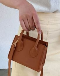 Дамска чанта в кафяво - код B421