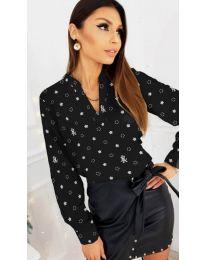 Дамска риза в черен цвят с флорални мотиви - код 829