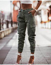 Панталон с джобове в маслено зелено - код 2192