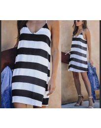 Свободна дамска рокля на райе в бяло и черно - код 1047