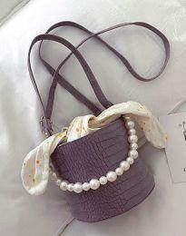 Ефектна дамска чанта в лилаво - код B428