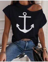 Тениска с голо рамо в черен цвят с котва - код 206