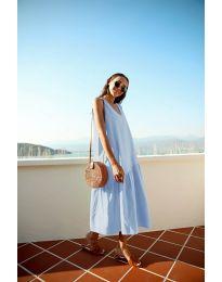 Свободна изчистена рокля в светло синьо - код 8810
