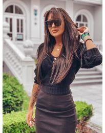 Дамски пуловер в черно - код 1099