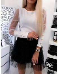 Блуза в бяло с тюлени ръкави - код 407