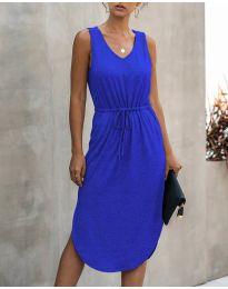 Свободна дамска рокля в синьо - код 681