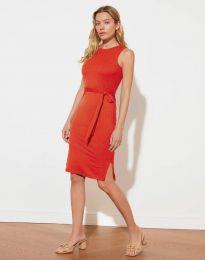 Дамска рокля с колан в червено - код 12950