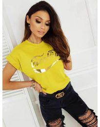 Жълта дамска тениска със златист принт - код 3659