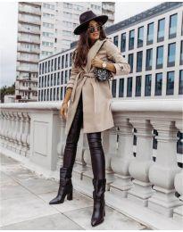 Дамско палто с колан в  бежово - код 3839