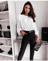 Ефектна дамска блуза в бяло - код 4445