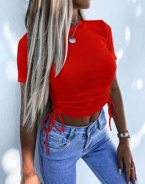 Къса дамска тениска в червено - код 2425