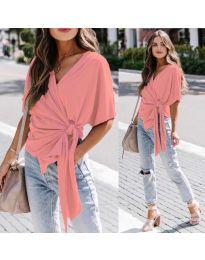 Изчистена дамска блуза в цвят праскова - код 0009
