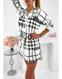 Дамска рокля с ефектен десен в бяло - код 5456