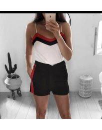 Дамски комплект от топ и къси панталони - код 293