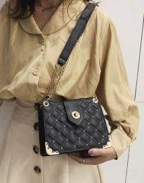 Атрактивна дамска чанта в черно - код B414