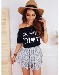 Дамска тениска в черно  код - 1166