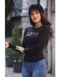 Дамска блуза в черно с надпис - код 6165