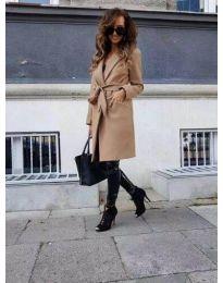 Елегантно дамско палто в цвят капучино - код 7940