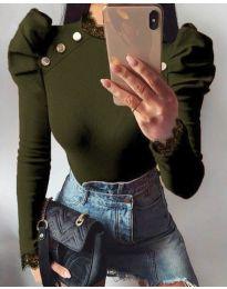 Екстравагантна дамска блуза в масленозелено - код 9630