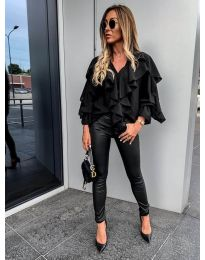 Елегантна блуза в черно- код 9051