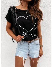 Дамска тениска в черно - код 2266