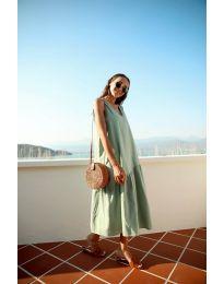Свободна изчистена рокля в зелено - код 8810