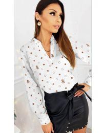 Дамска риза с флорални мотиви в бял цвят - код 829