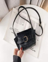 Елегантна дамска чанта в черно - код B500