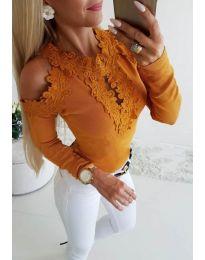 Елегантна дамска блуза с бродерии в цвят горчица - код 3538