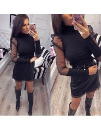 Елегантна блуза с тюлени ръкави в черно - код 922