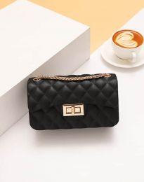 Дамска чанта в черно - код B341
