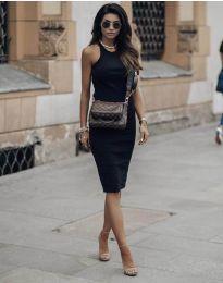 Стилна рокля по тялото в черно - код 754