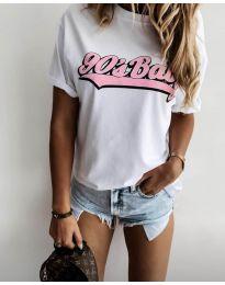 Дамска тениска в бяло с принт - код 6267