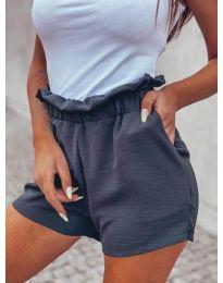 Къси панталонки в черно -  код 4747