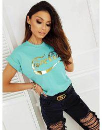 Дамска тениска в цвят мента със златист принт - код 3659