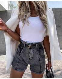 Къси дънкови панталонки в сиво - код 4544 - лице