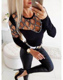 Блуза в черно с ефектни ръкави и деколте - код 3443