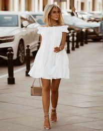 Свободна кокетна рокля в бяло - код 6969