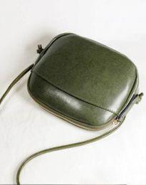Изчистена дамска чанта в масленозелено - код B340