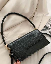 Дамска чанта в черно - код B426