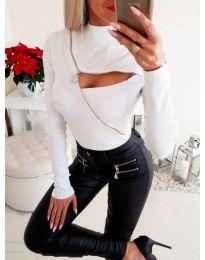 Ефектна дамска блуза с ципове в бяло - код 3509