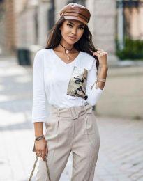 Бяла дамска блуза с джоб с пайети - код 12078