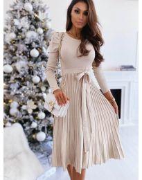 Кокетна рокля в бежово - код 3939