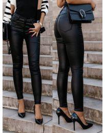 Дамски панталон в черно - код 5052