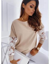 Елегантна дамска блуза в бежово - код 4426